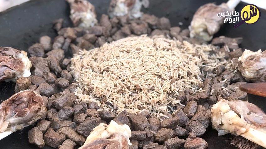 منسف-الرز-مع-اللحمة-بالعظم-1-شو طابخين اليوم